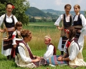 Članice dečijeg ansambla u Zlakusi