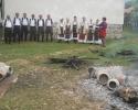 Ženska i muška pevačka grupa na manifestaciji Jesen u Zlakusi
